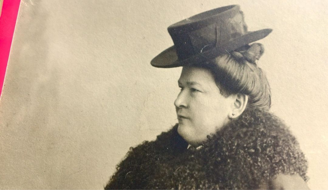 Mit Tante Deddé ging es jede Woche zu den Friedhöfen, wo verstorbene Verwandte ruhen.